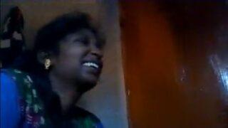 Panimanshi modda aadinche sex mms video