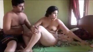 Hyderabad bharya pakkaninte vaadu sex mms