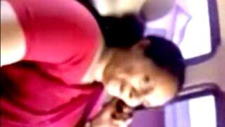 Car lo petti telugu aunty hot sex video