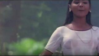 Sexy telugu movie heroine accident sollu scene