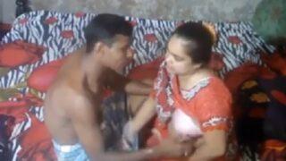 Local telangana lanja pedha pooku dengu