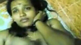 Sexy vizag lanja aunty baha blowjob ichindhi