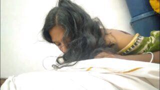 Telangana housewife dengu tuition teacher tho